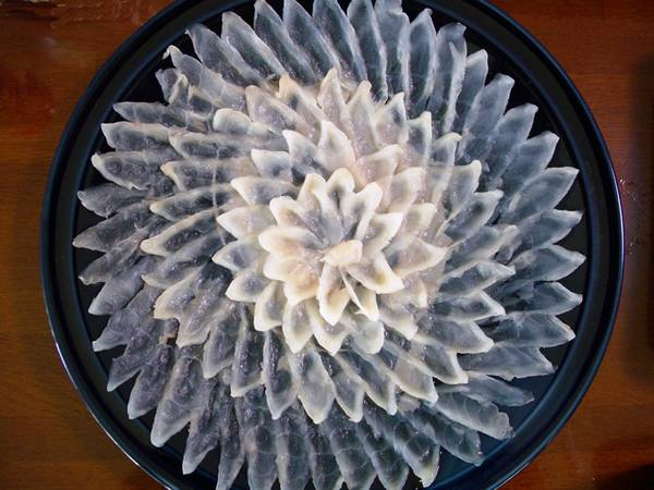 Блюдо (сашими) из рыбы фугу фото